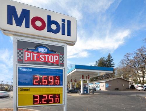 Mobil Pit Stop